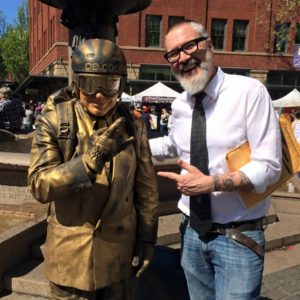 You just don't know who you'll bump into on one of our OR History Walking Tours...